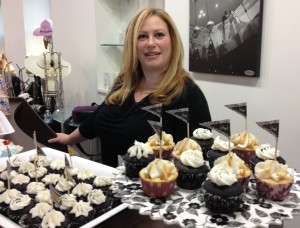 Ruth Scott, in all her Cupcakes by Ruth! glory. These ARE the cupcakes you're looking for...